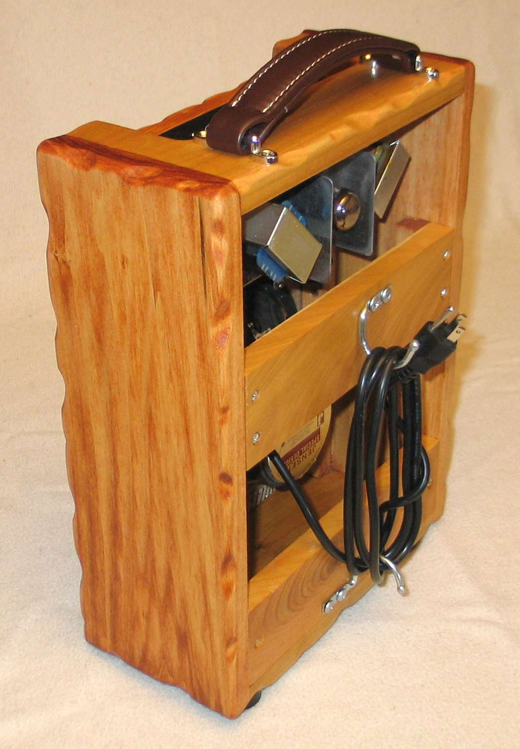 Custom combo, cable hooks